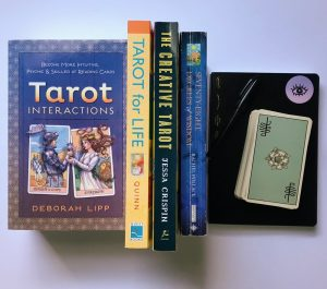 10 Best Tarot Books for Beginners and Pros